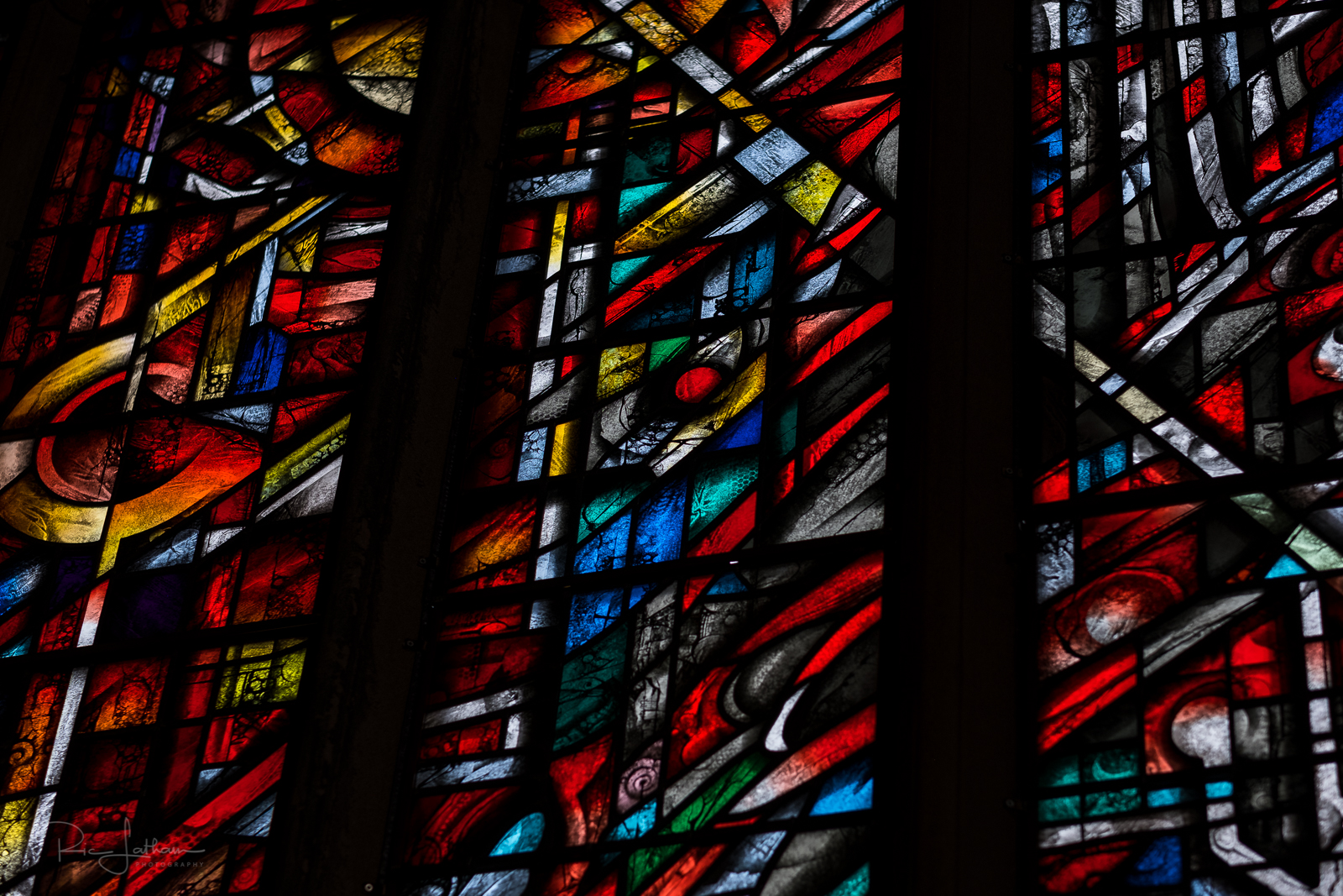 manchester-cathedral-stained-glass